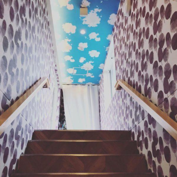 レストランコンフェッテイの屋上階段