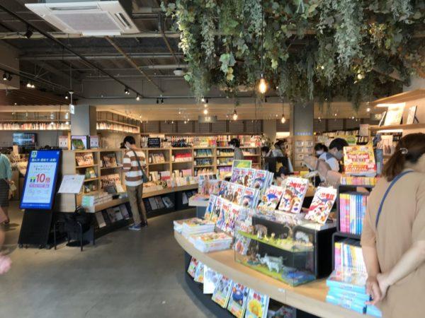 TSUTAYA南古谷店の店内の写真
