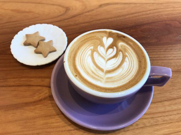 エピスカフェのカフェラテ