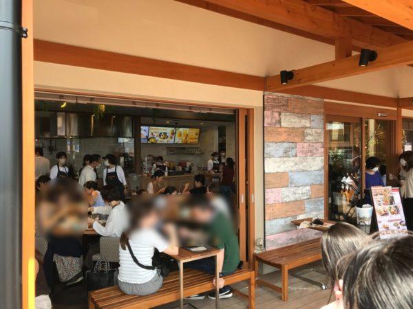 マンゴツリーカフェ西大宮の店内の写真